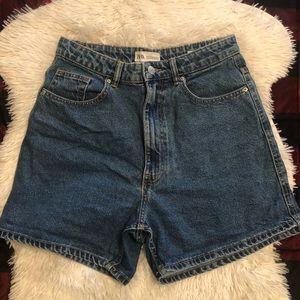 Zara high rise mom shorts size 6
